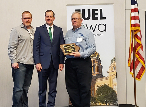 Diamond Oil Company receives the 2020 Secretary's Biodiesel Award